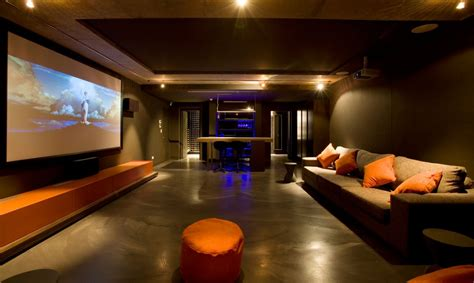 Cool Media Room  Decoist. Cheap Living Room Table. Queen Anne Living Room Furniture Set. Sectional Living Room Decorating Ideas. Floral Accent Chairs Living Room. Full Living Room Sets. Lounge Chair For Living Room. Chocolate Living Room Furniture. Cheap Living Room Lights