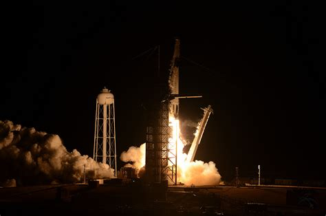 SpaceX launches Crew Dragon on demo mission to space ...