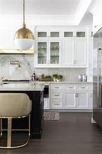 Küchen Und Esszimmerstühle : style your livable open kitchen like a pro k cheninsel beleuchtung ~ Watch28wear.com Haus und Dekorationen