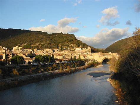 chambres d hotes drome provencale photo ville de nyons en drôme provençale