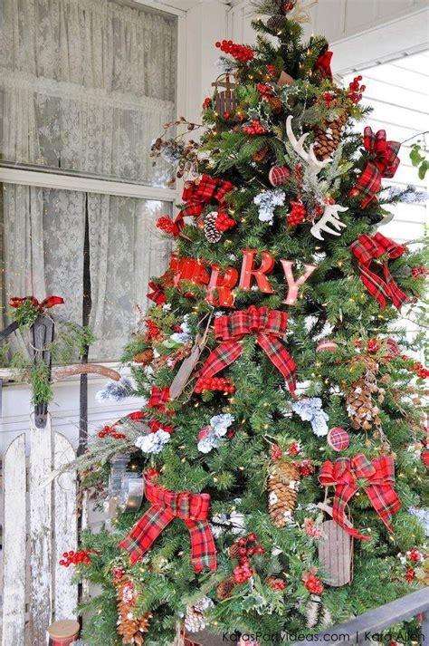 rustic plaid farmhouse christmas decorating ideas