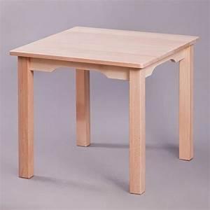 Quadratischer tisch st hle tische spielzeug for Quadratischer tisch