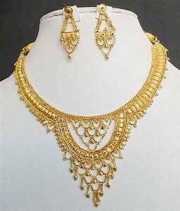 BOLLYWOOD INDIAN DESIGNER 22K GOLD PLATED BRIDAL SARI ...