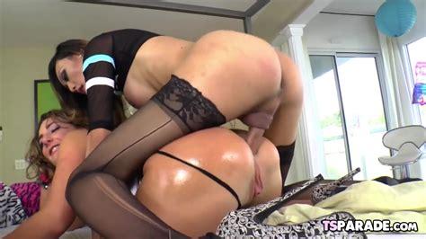 Shemale Babe Venus Lux Fucks A Girl Zb Porn