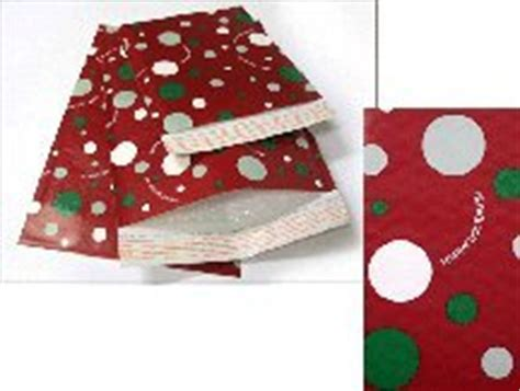 amazon com holiday red bubble mailers 2 8 1 2 quot x 11