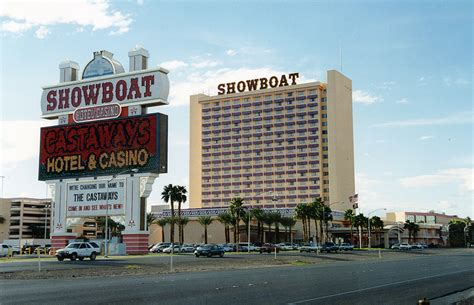Boat Show Hotels by On This Date January 29 2004 Castaways Showboat Hotel