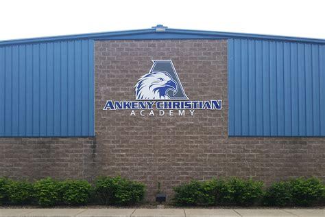 schoolscampuses eagle signs