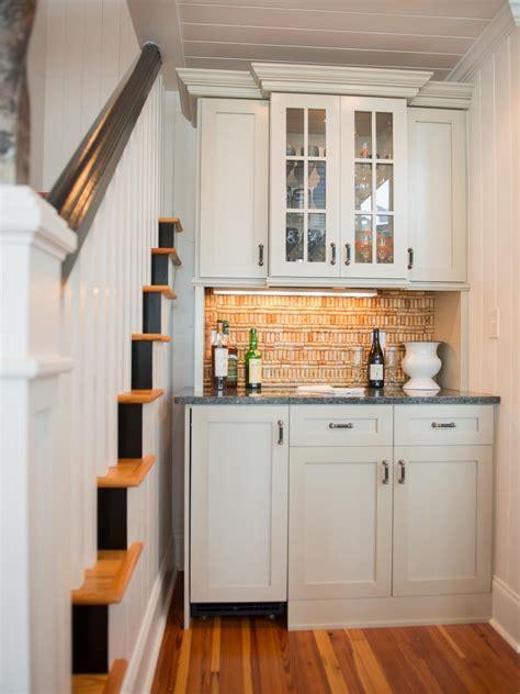 Kitchen Desk Backsplash Ideas by Travertine Backsplashes Hgtv