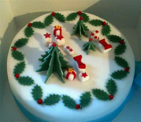 cake for christmas picturespool christmas cakes pictures christmas cakes wallpapers