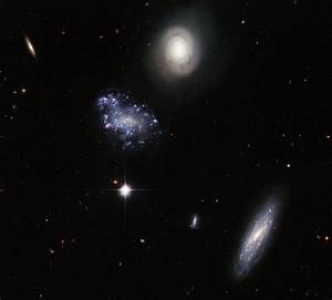 Hickson Compact Group 59, a group of galaxies in Leo ...