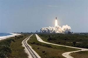 Our SpaceFlight Heritage: Challenger's first flight - 31 ...