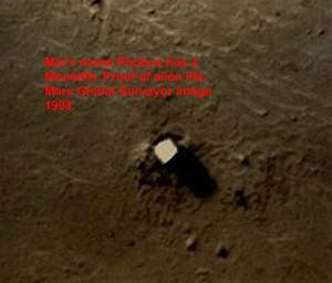 UFO SIGHTINGS DAILY: Buzz Aldrin Confirms Life On PHOBOS ...