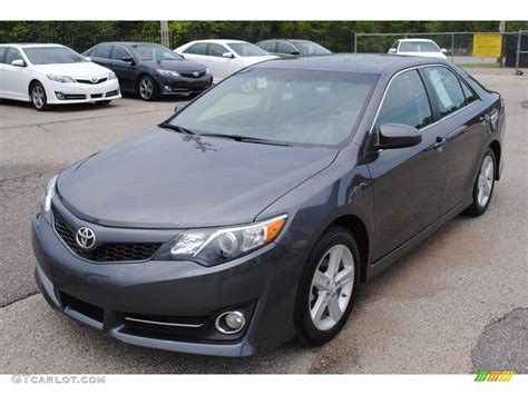 2014 Toyota Camry Colors by 2014 Magnetic Gray Metallic Toyota Camry Se 114595066