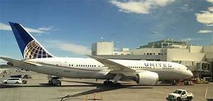 Hub Report: Denver International Airport (DEN) and United ...
