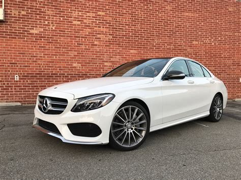 2015 Mercedes Benz C300 White On Red