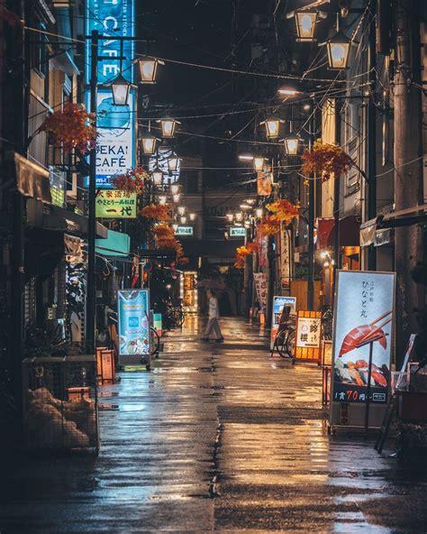 stunning color street photography captures  spirit