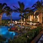bel amenagement exterieur pour mieux profiter de lete With amenagement petit jardin avec piscine 15 piscine de luxe pour une residence de prestige design feria