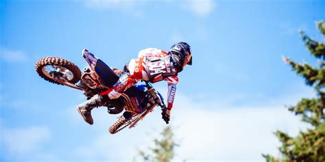gear for motocross how to select the right motocross protective gear for kids