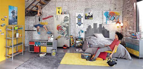 poubelle york chambre déco pour un ado fan de glisse l 39 étagère avec des