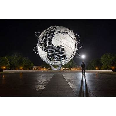 Max Guliani on Twitter: The Unisphere at night from