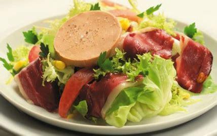 comment cuisiner un canard gras recette salade gourmande au foie gras 750g