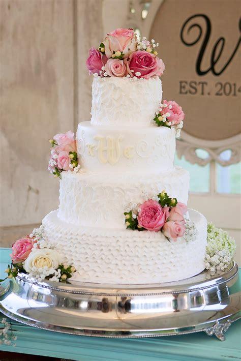 Hochzeitstorte Echte Blumen I Inspiration Für Eure