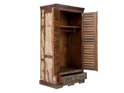 kleiderschrank aus holz massiv holz kleiderschrank teak im vintage style altholz massivholzm 246 bel bei moebelshop68 de