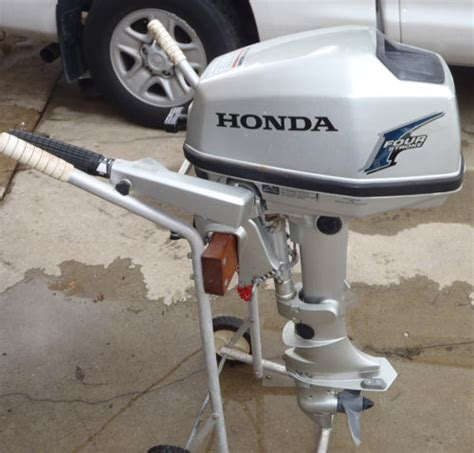 Honda Small Boat Motor by Sold Honda 5 Hp Outboard Boat Motor For Sale