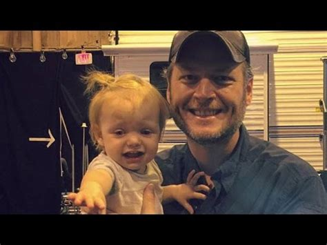 blake shelton daughter christina aguilera s daughter is seemingly not a fan of