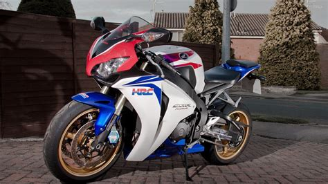 Honda Cbr1000rr 4k Wallpapers by Honda Cbr1000rr Wallpapers 68 Background Pictures