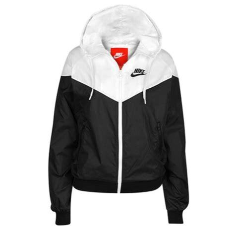 Womens Nike Clothing - Rebel Sport - Nike Womens Windrunner Jacket