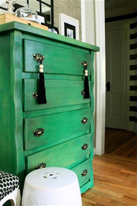 DIY Painted Chest Of Drawers   DIY and Crafts