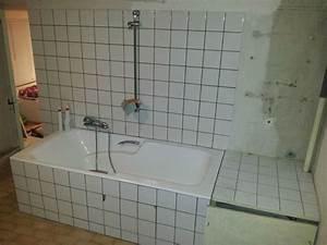 Comment Installer Une Baignoire : la salle de douche ici papa bricole maman fignole ~ Dailycaller-alerts.com Idées de Décoration