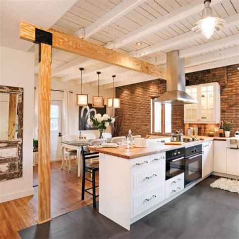 cuisine maison bois la cuisine blanche et bois en 102 photos inspirantes