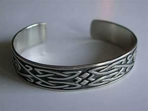 Bracelet En Argent Homme : bracelet motif celtique pour homme en argent 925 bijoux pour hommes ~ Carolinahurricanesstore.com Idées de Décoration