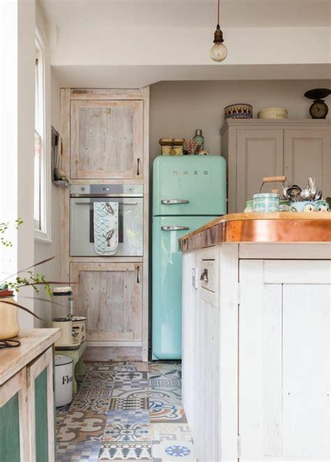cuisine en longueur ouverte 1001 idées pour une cuisine équipée des intérieurs gain de place