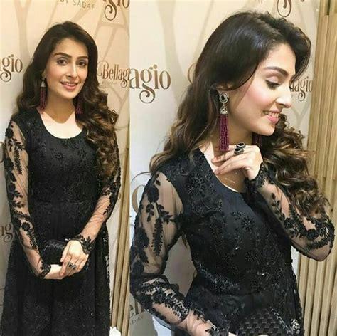 aiza khan  black dress award show dresses pakistani