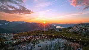 Beautiful Sunrise 826948