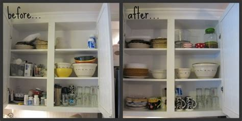how to organize small kitchen cabinets ways to organize kitchen cabinets roselawnlutheran