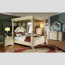 Kamella Antique White Traditional Poster Canopy Bedroom