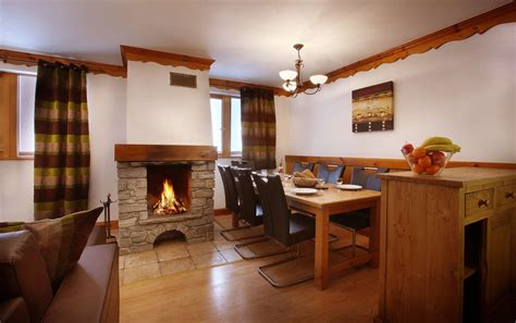 r 233 sidence chalet des neiges ŕ oz en oisans mountvacation fr