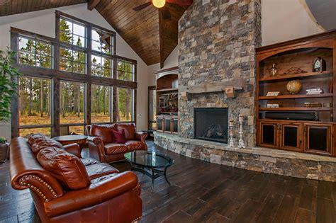 craftsman mountain house plan   master suites  baths