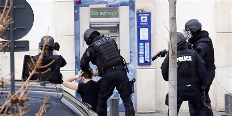 bureau de poste colombes brève prise d 39 otages dans une poste à colombes