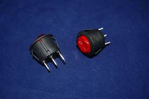 5 Pcs Red Light Illuminated Round 2 Position Boat Rocker