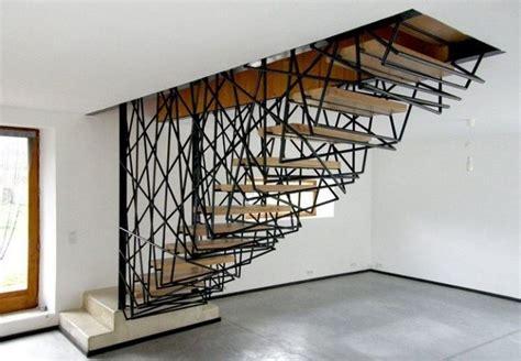 Moderne Und Kreative Innenraum Holztreppencreative Designs For Staircase 24 by Harfentreppe Aus Holz Und Eisen In Skulpturalem Design