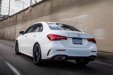 Vorremmo permetterti di utilizzare il nostro sito web in modo ottimale e garantirti un costante miglioramento. Mercedes-Benz A-Class A220 4Matic Saloon 2018 review | Autocar