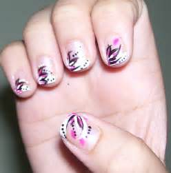 Simply deeptima beauty and lifestyle abstract floral nail art short nails