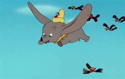 Dumbo L Elefantino Volante by Ci Saranno Colin Farrell Danny De Vito E Green Nel