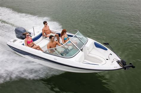 Chaparral Boats Vs Bayliner by New 2014 Rinker Captiva 186 Ob Bowrider Boat For Sale In