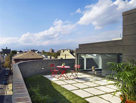 house with rooftop garden roof garden split level house in philadelphia by qb design